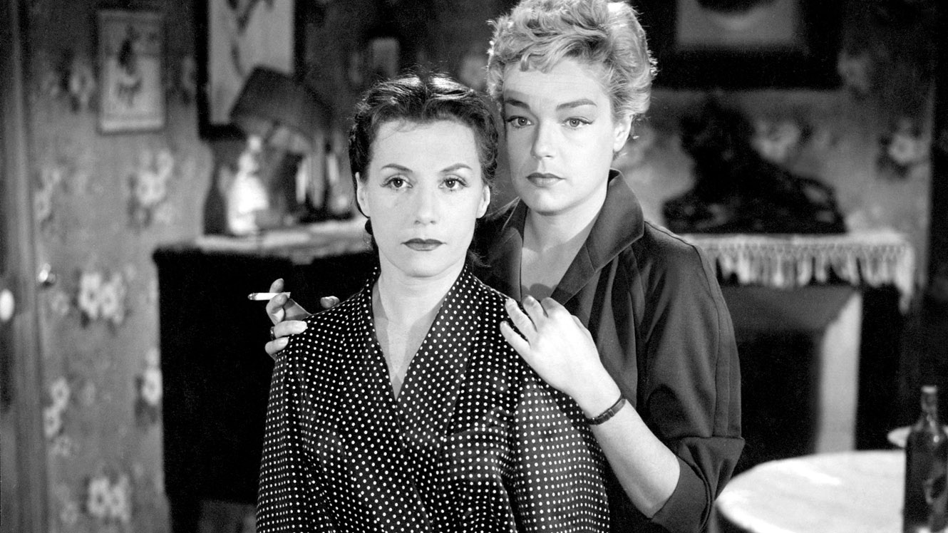 No Merchandising. Editorial Use Only. No Book Cover Usage. Mandatory Credit: Photo by Moviestore Collection / Rex Features (1661283a) Les Diaboliques Film and Television
