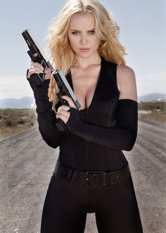 Girl Gun Desktop Wallpaper Guns Girls And Gambling 2011 Filmovi S Ruba