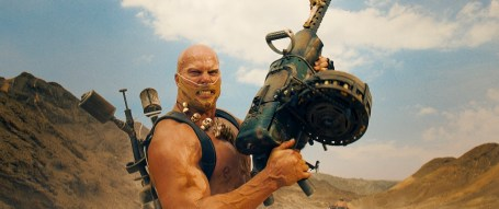 mad-max-fury-road-movie-49
