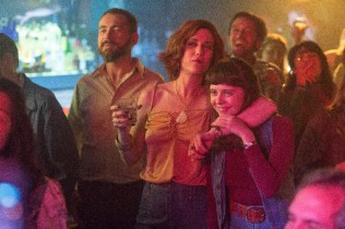 The Diary of a Teenage Girl - Left to right: Kristen Wiig as Charlotte Goetze and Bel Powley as Minnie Goetze