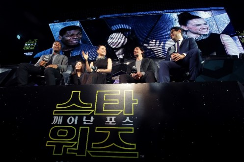 star-wars-force-awakens-fan-event-korea-premiere-1