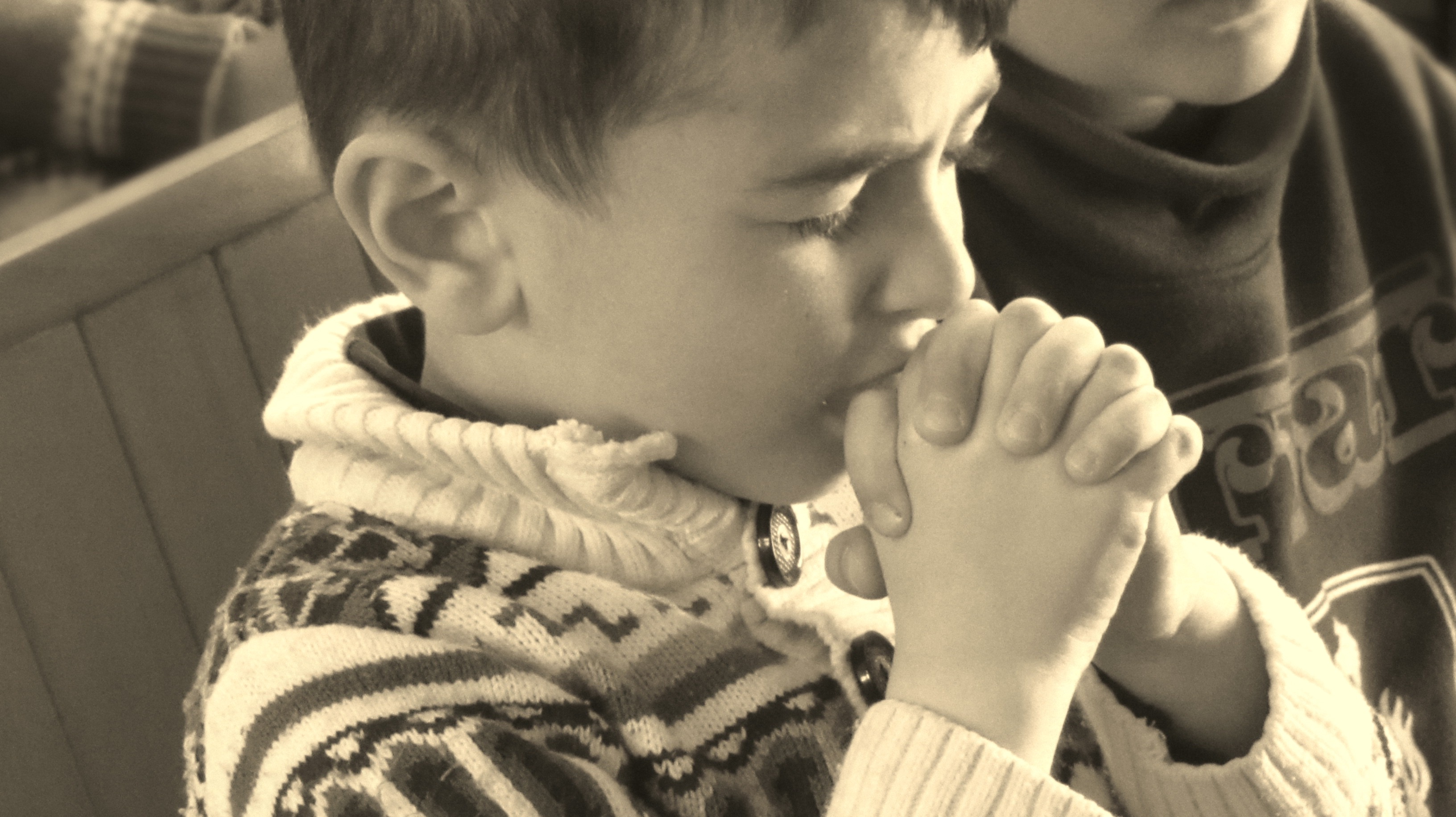 Syrian Kids in Prayer and Worship