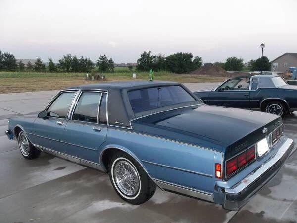 Chevrolet Caprice Sedan 1989 Blue For Sale 1g1bu51e0kr111790 1989