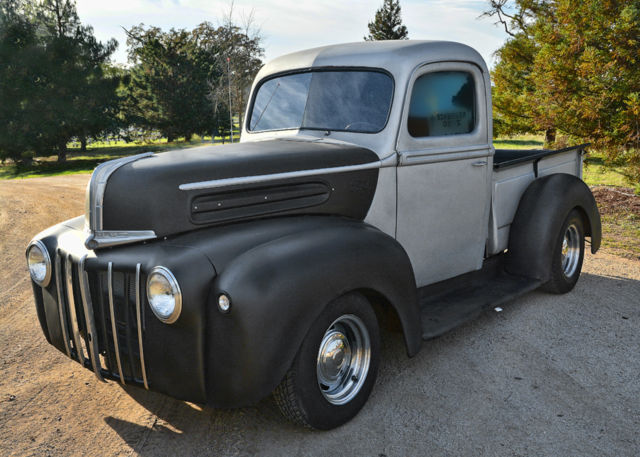 Ford F-100 Standard Cab Pickup 1946 two tone gray For Sale n/a For