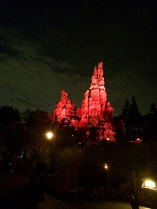 nighttime-at-disney