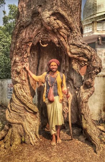 Visvambhar Sheth, on Pilgrimage