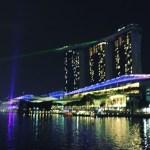 Singapore-at-Night-600x417