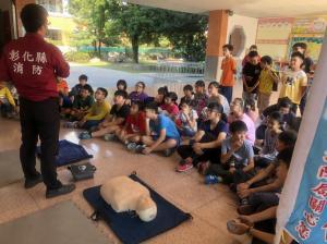 學生防救災技能講習訓練情形2