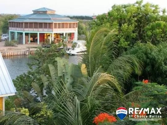 H6900 - Owner Must Sell- Caribbean Style 2 Bedroom Home on Double