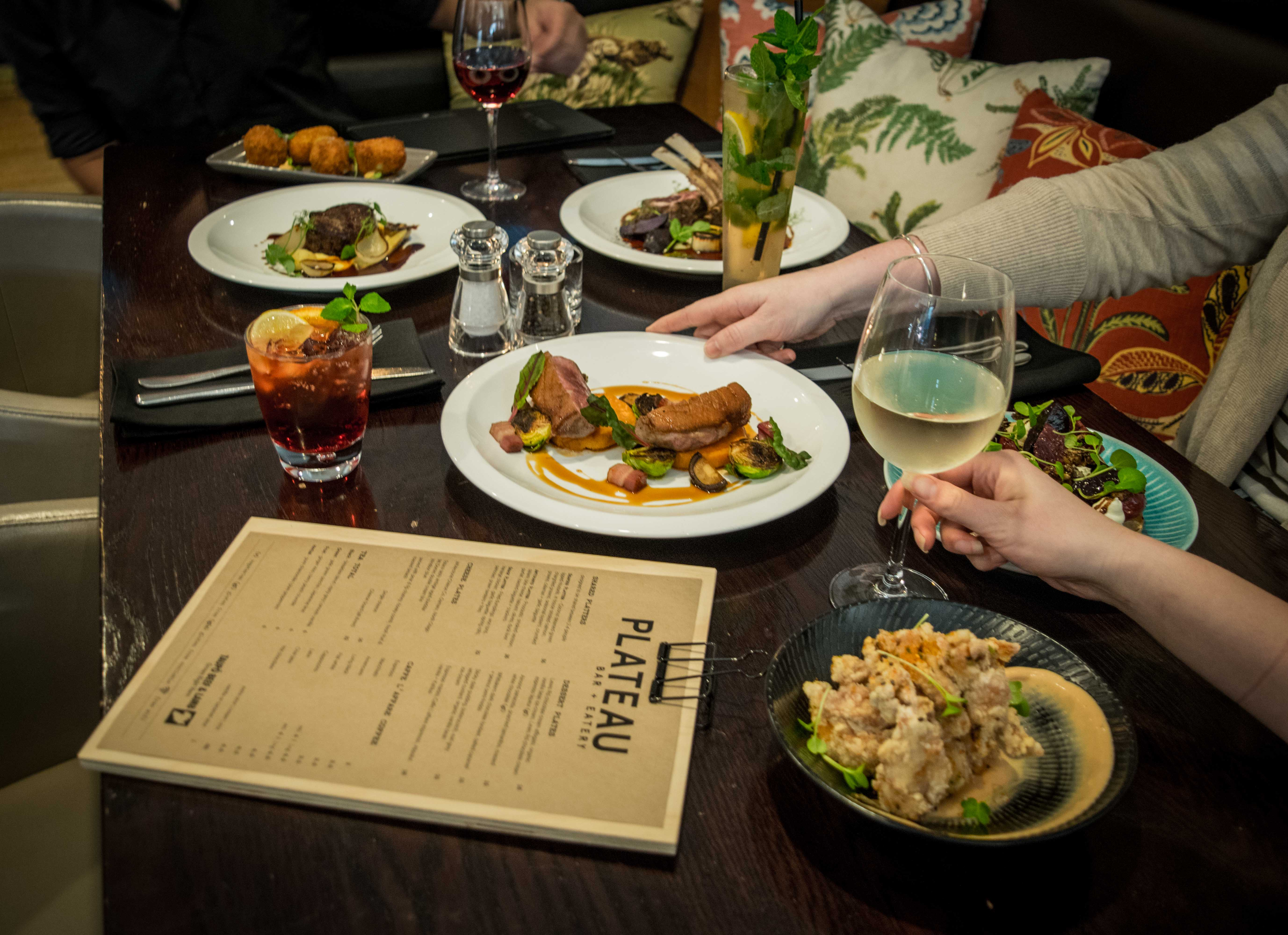 Plateau Bar Cuisine Plateau Bar Eatery 50 Off The First Table Of The Night With