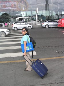 Being a light packer is an advantage. A heavy baggage can often become a burden in your travels.