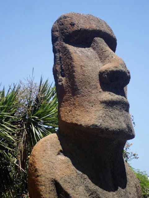 Moai head, Viña del Mar