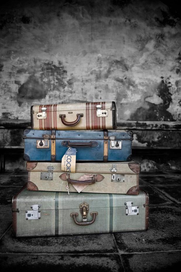 luggage carry-on vintage