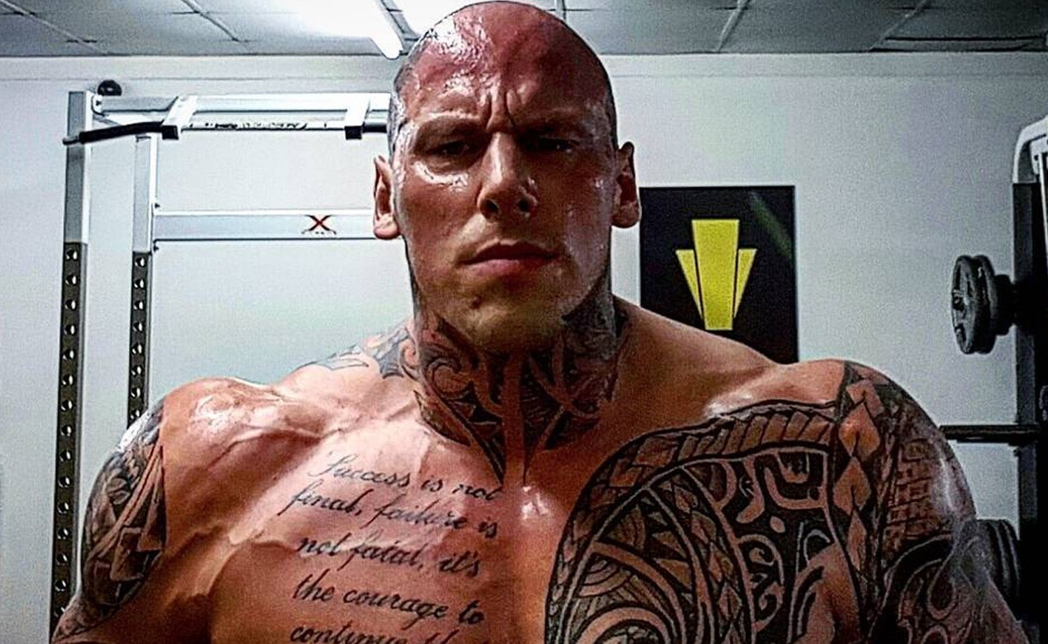 Arnold Schwarzenegger Quotes Wallpaper Watch Martyn Ford 6 8 Quot 320lb Aka The Nightmare