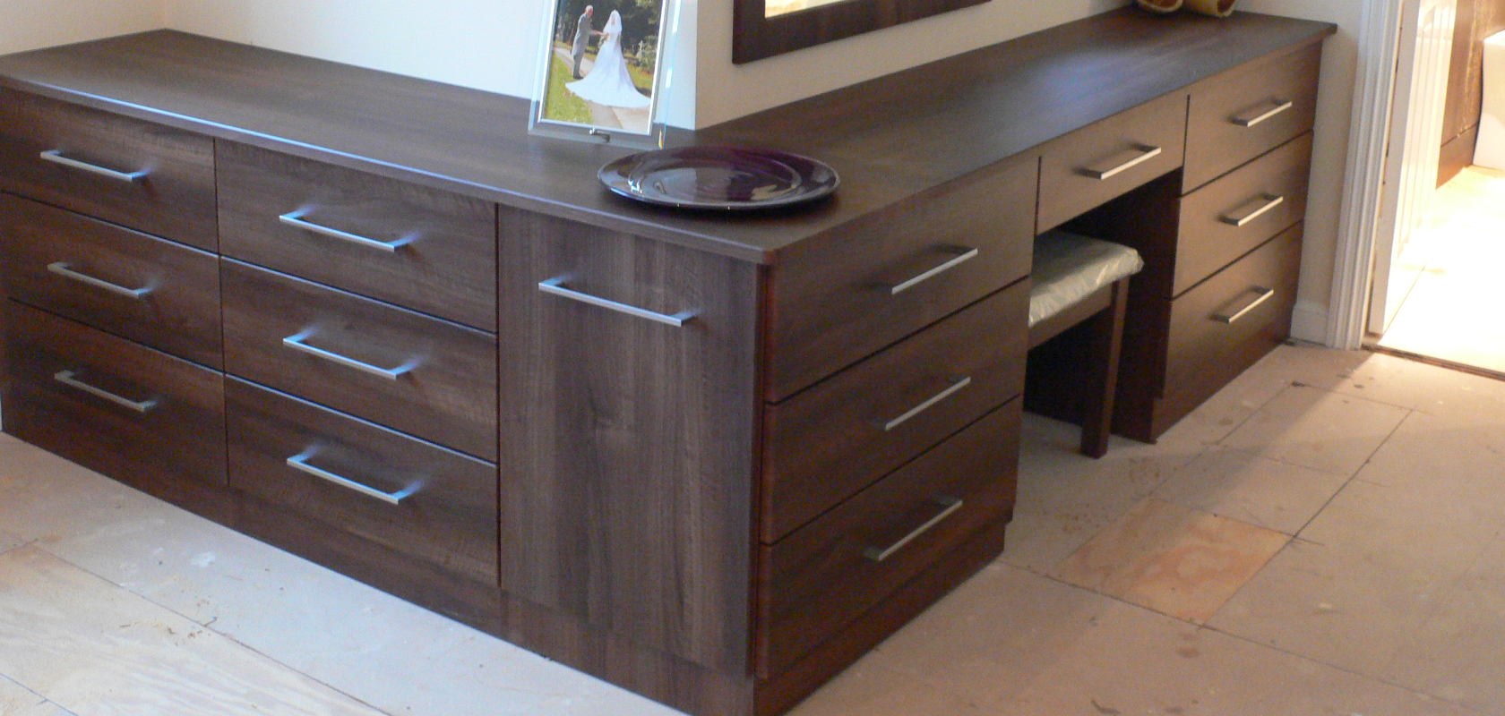 Gta Office Furniture Rugby Bespoke Fitted Bedrooms Wardobes Home Offices And