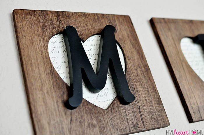 FAMILY Lettering Wall Decor