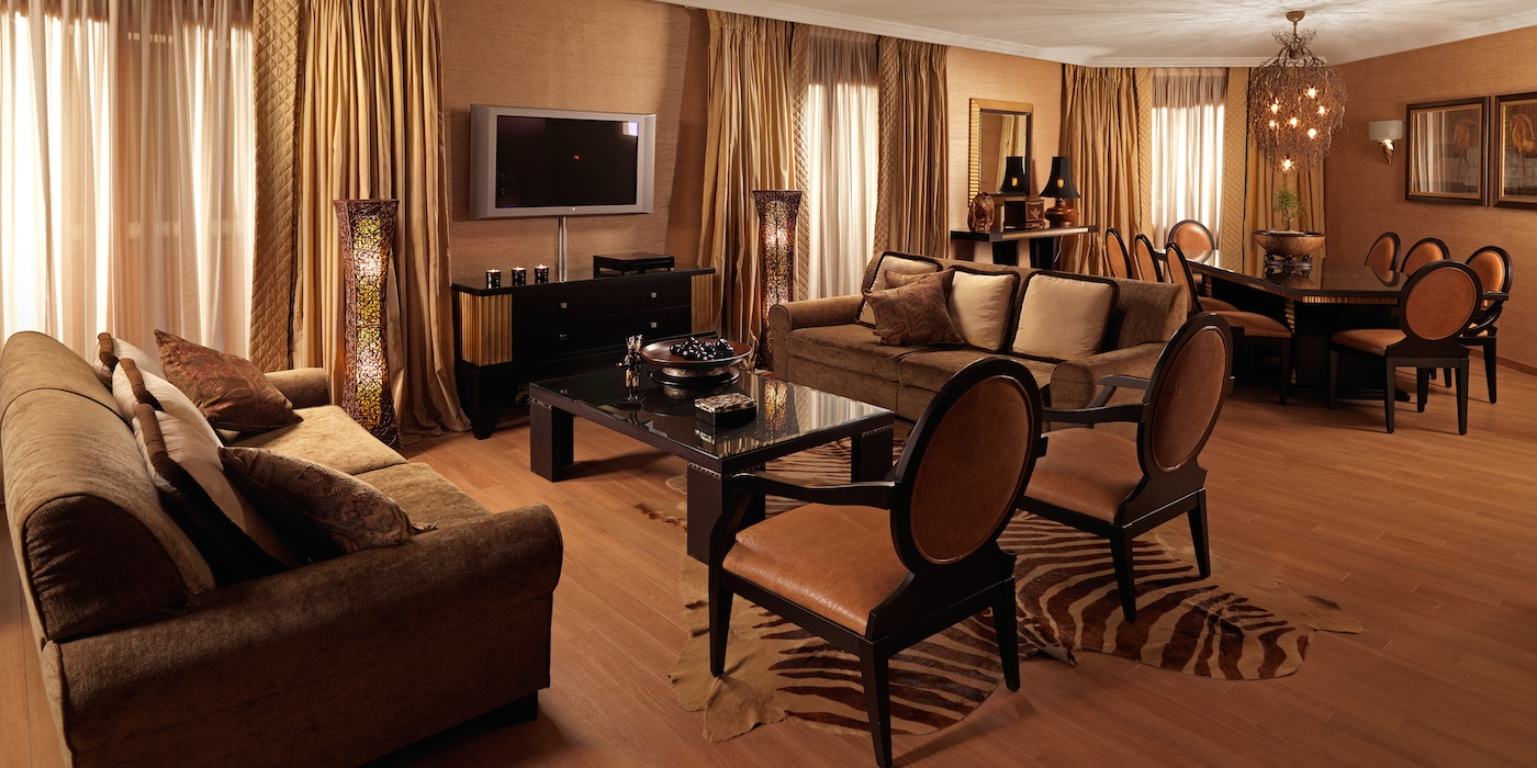 Presidential Suite 815 At Divani Caravel Five Star Alliance
