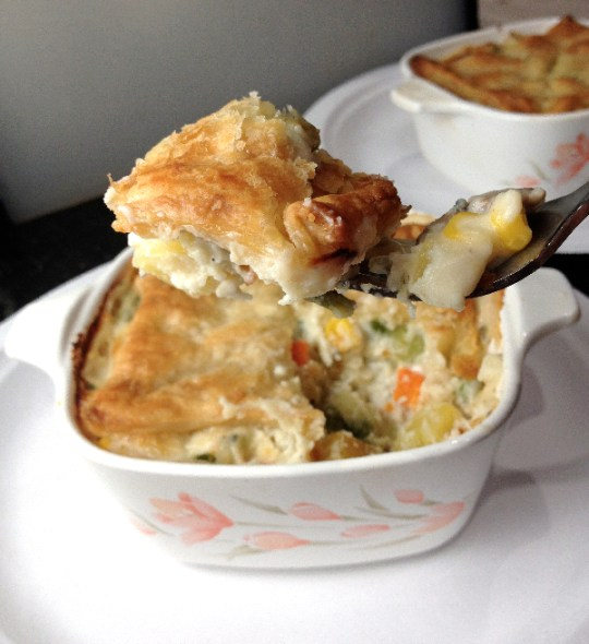 Vegetable Gorgonzola Pot Pie | Flamingo Musings