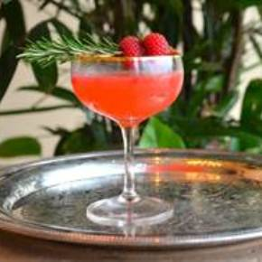 15 Festive Valentine's Day Cocktails You'll Love