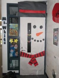 office-christmas-door-decorating-ideas