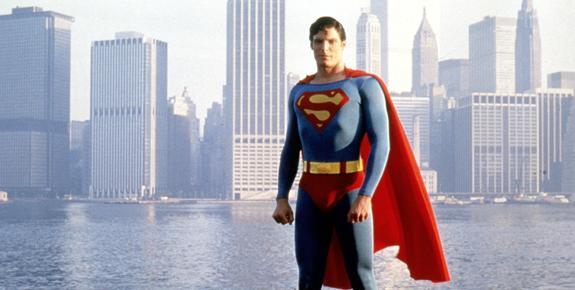 Superman Animated Wallpaper Superman At The Movies Flickfeast