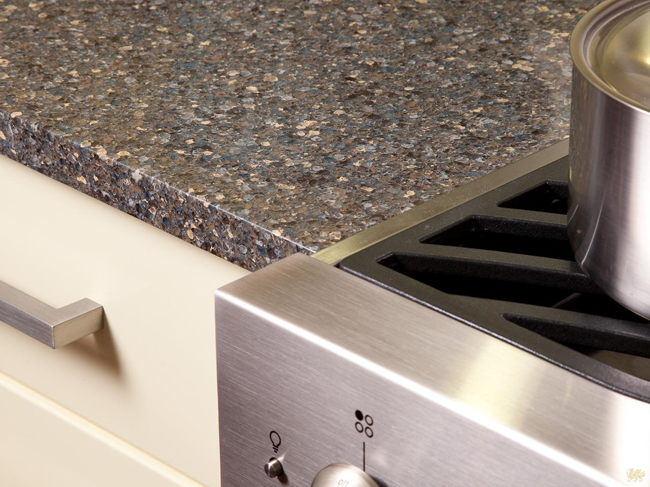 Cleaning Formica Countertops 3 Ways To Keep Your Countertops Clean Floform Countertops