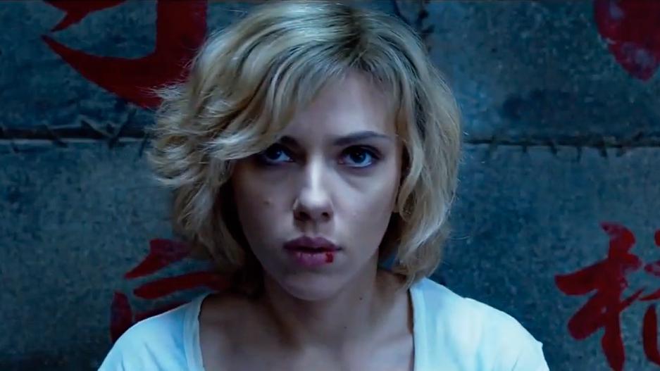 不要再把《露西》當成科幻動作爽片了 它絕對是貨真價實的哲學電影