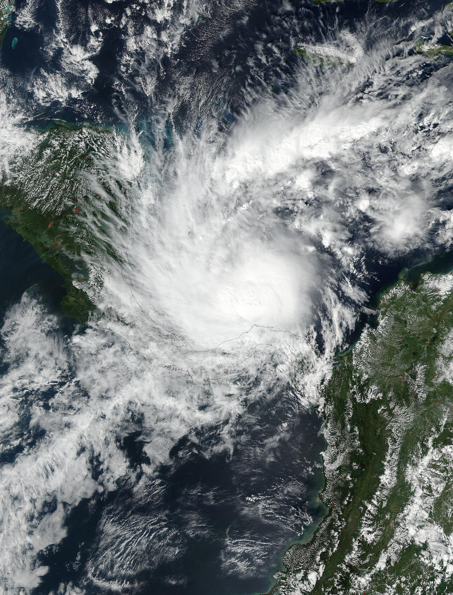 Whirlpool Outdoor Otto Central America Hurricane Otto Leaves 9 Dead Thousands