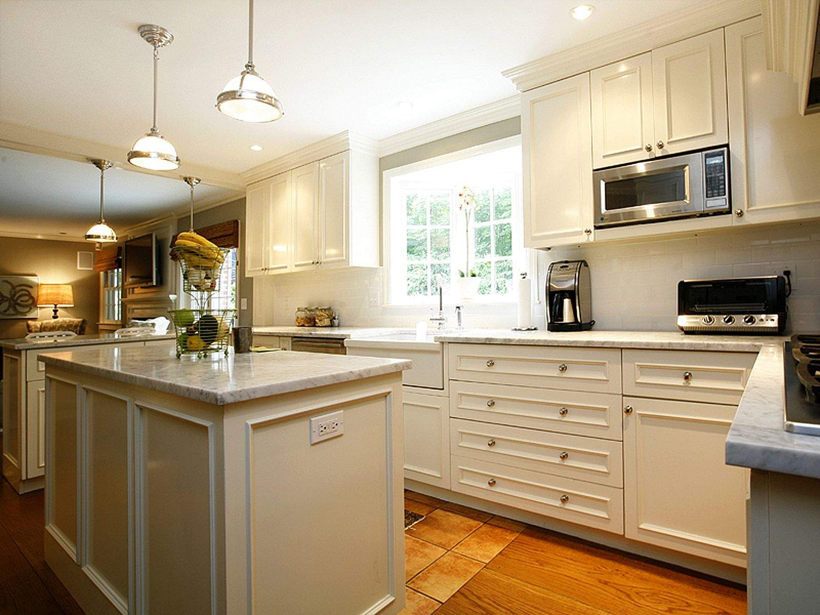 Paint My Kitchen Cabinets Flora Brothers How Much Does It Cost To Paint My Kitchen In