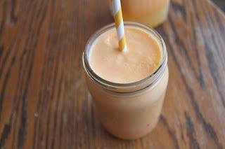 Golden Cantaloupe & Persimmon Juice