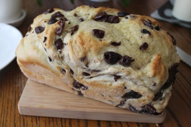 kalamata bread