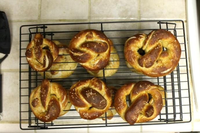 homemade vegan soft pretzels