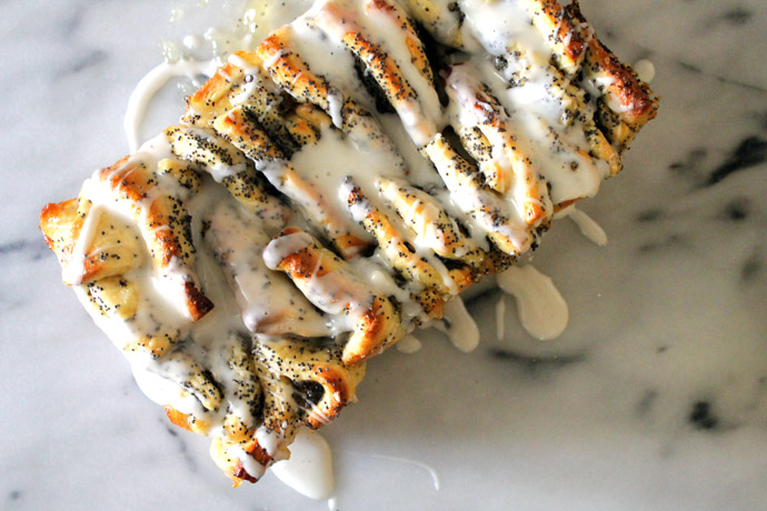 lemon poppyseed pull apart bread