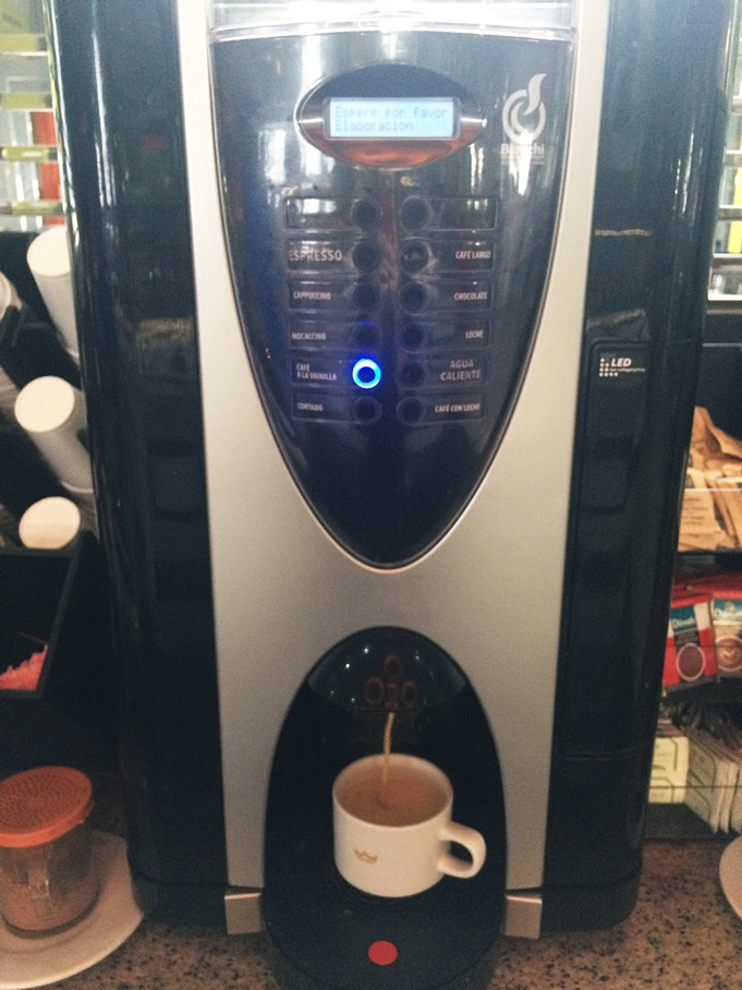 my other boyfriend during vacation - best coffee machine! he pic makes it feel pretty small, but that mug is wider than a standard one