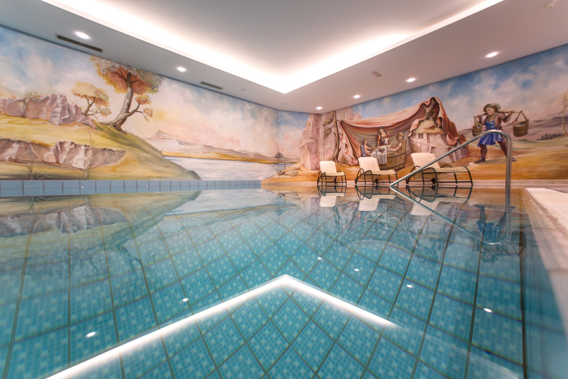 Whirlpool Outdoor Groß Hotel With Swimming Pool In The Dolomites Sporthotel