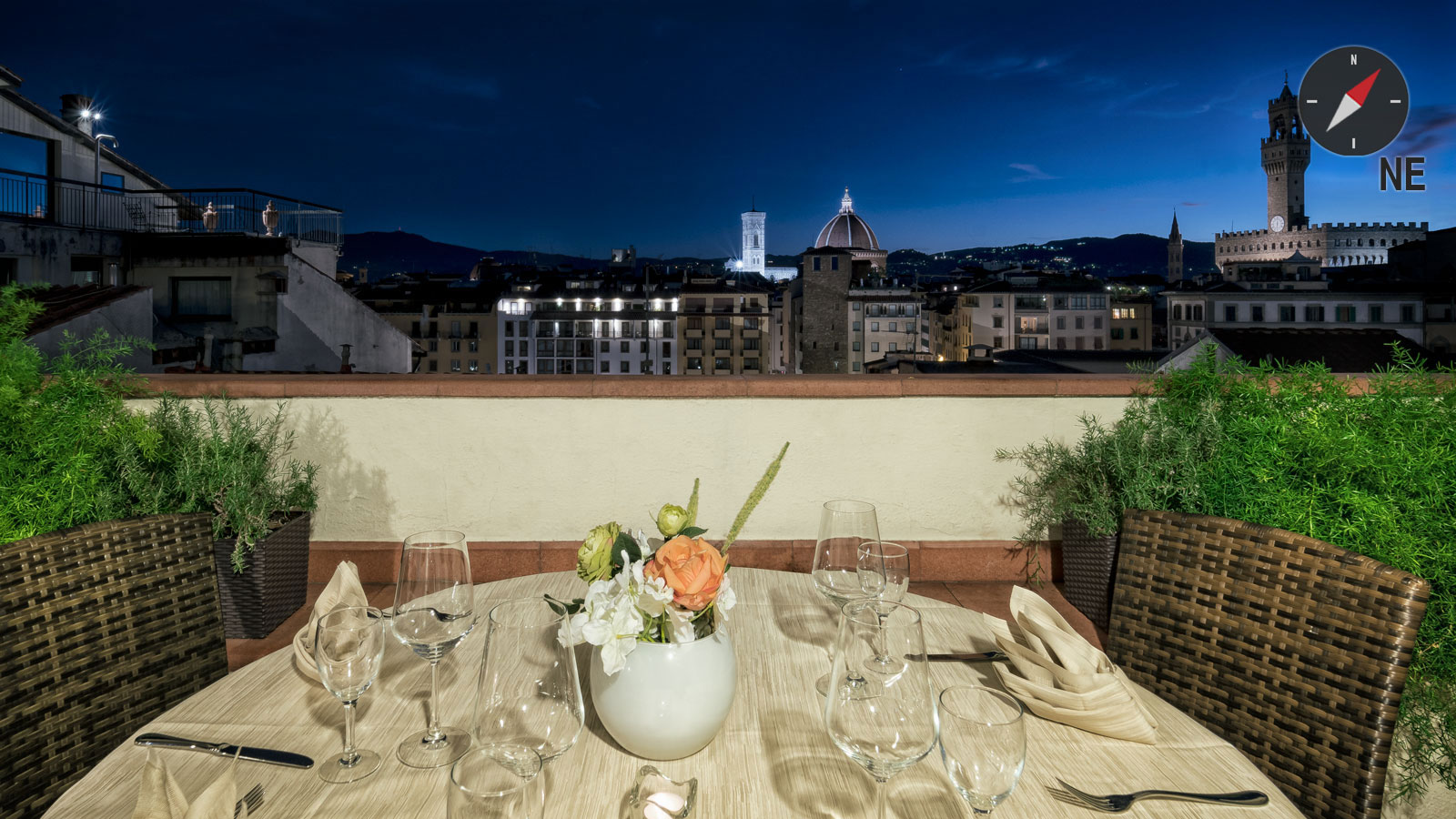 Toit Terrasse Florence Florence Rooftop Wine Bar And Restaurant With Best View Hotel