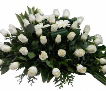 Centros funerarios rosas