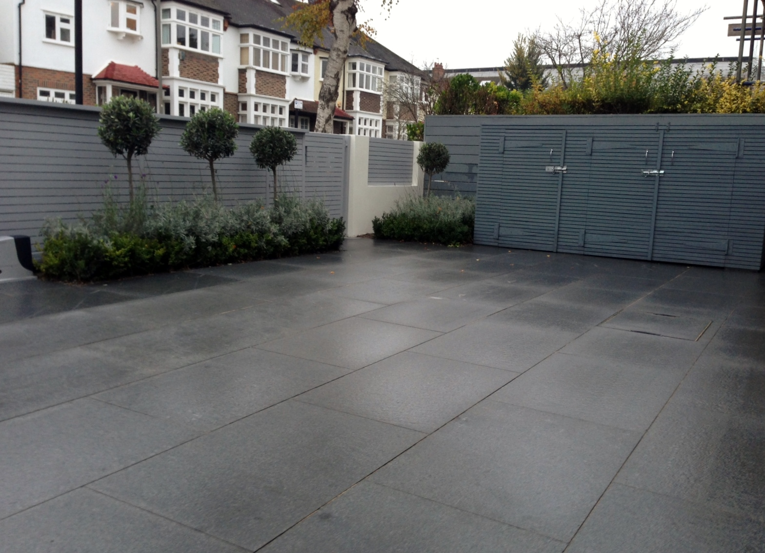 Contemporary Driveway Driveway London Garden Design