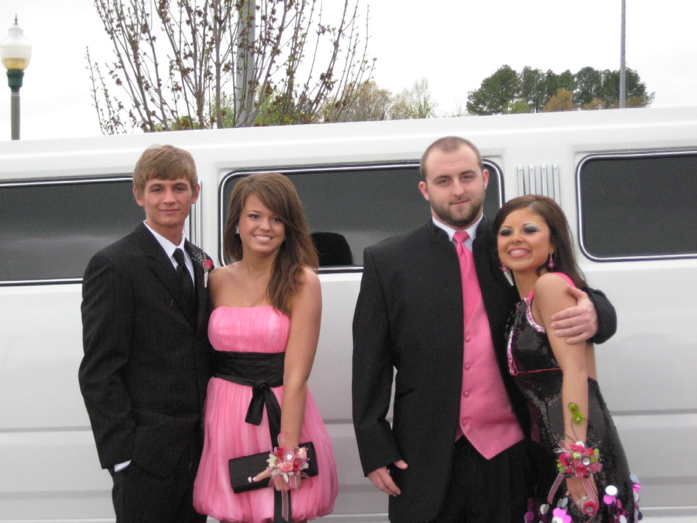 Limo Prom Amazing Prom Flowers Dresses Formal Wear And A Hummer Limo