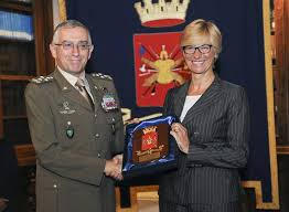 Il Capo di SMD Graziano e la Ministra Pinotti