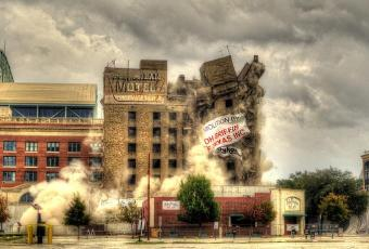 How to Shoot a Building Implosion – 4 Items To Bring
