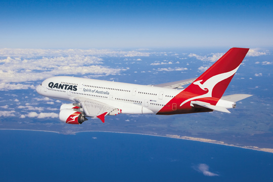 Qantas Gives Premium Economy Diners the Freedom of Choice