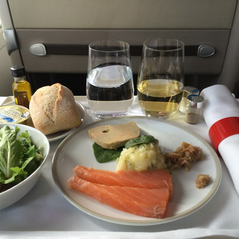 The 10 Most Luxurious In-Flight Meals