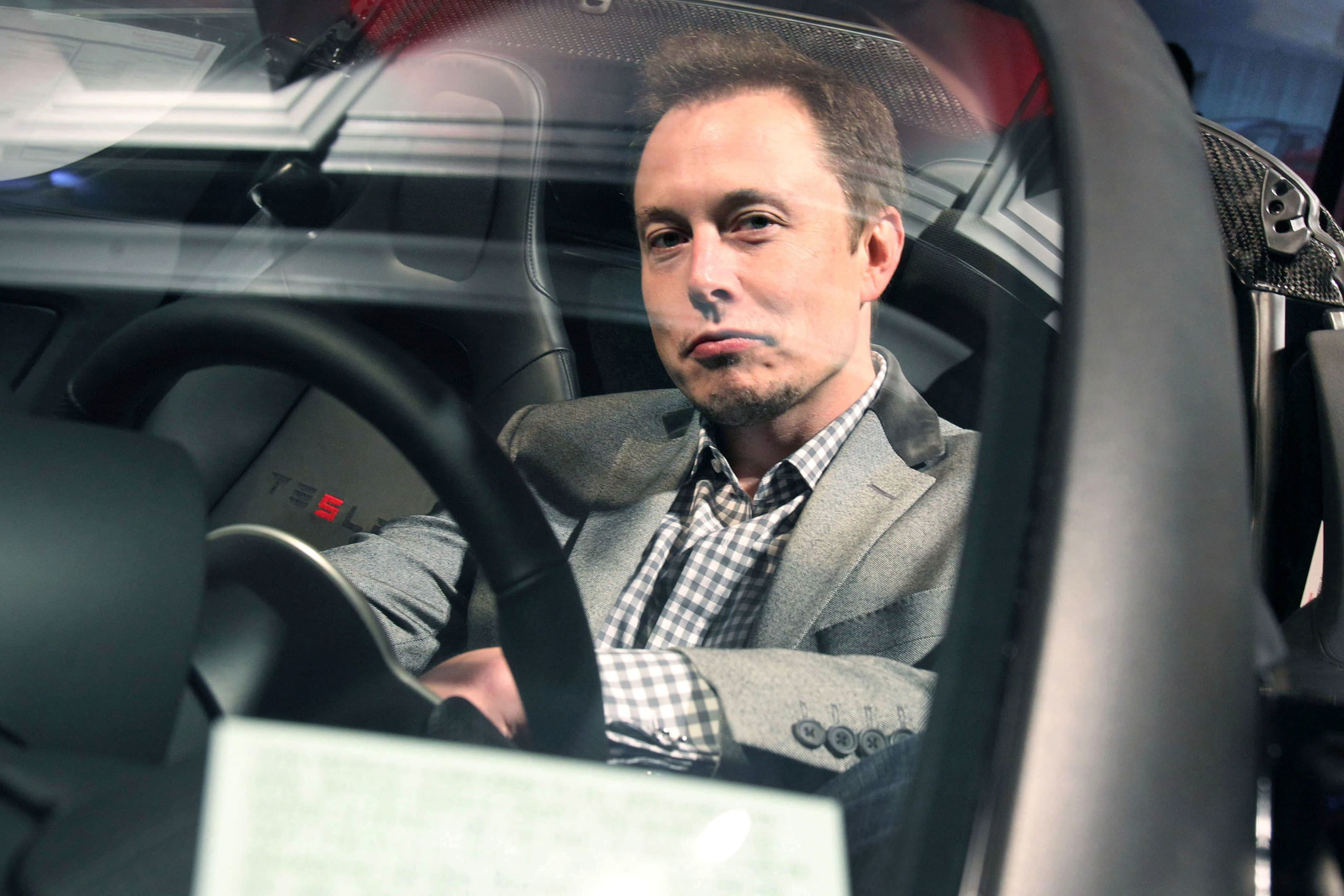 Musk Tesla The Elon Musk Tesla Will Have All Its Self Driving Car Features By