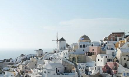 Santorini, Like a Local