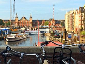 Rad fahren durch Amsterdam