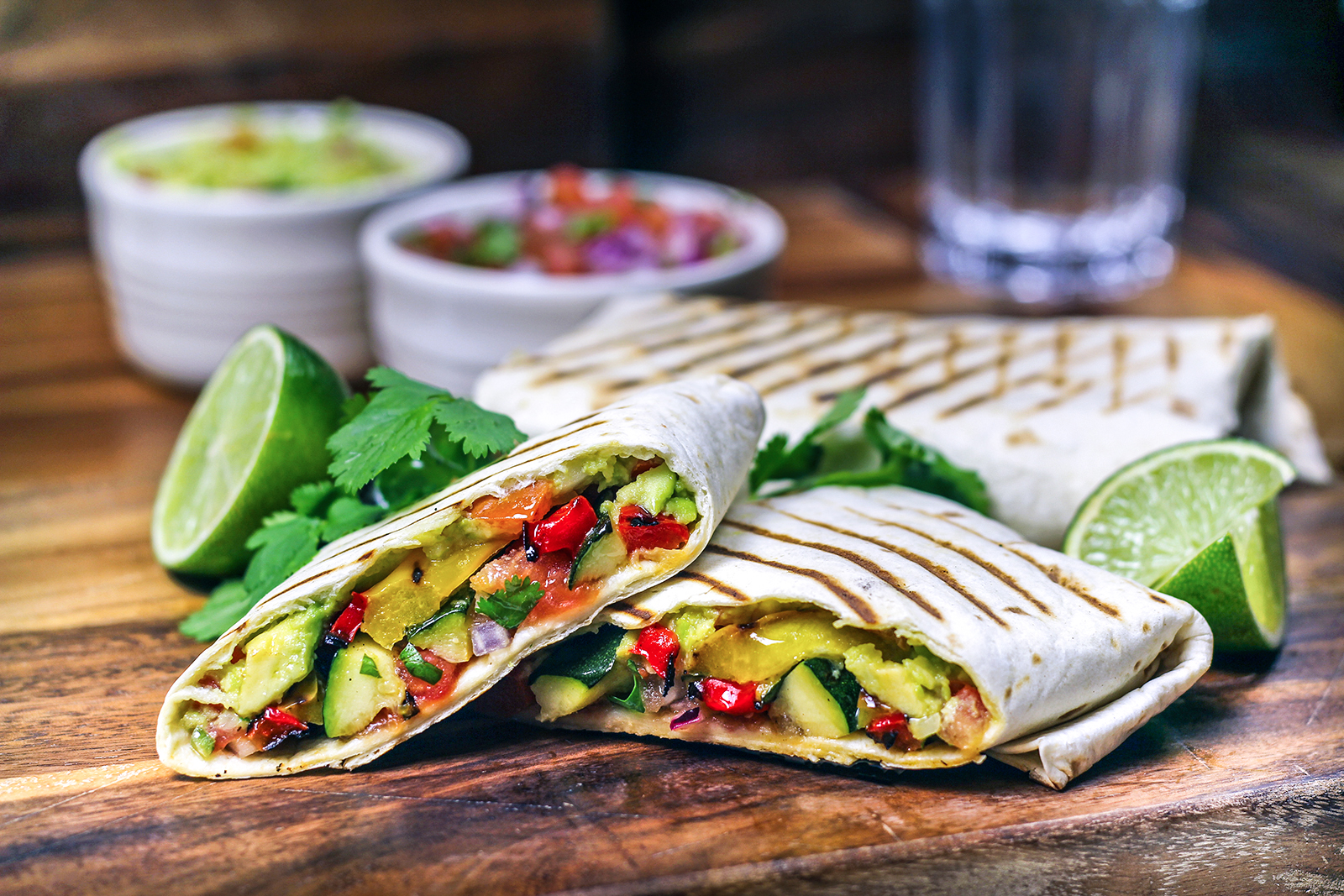 Wraps Rezepte Vegetarisch Grilled Vegetable Wraps With Salsa And Guacamole