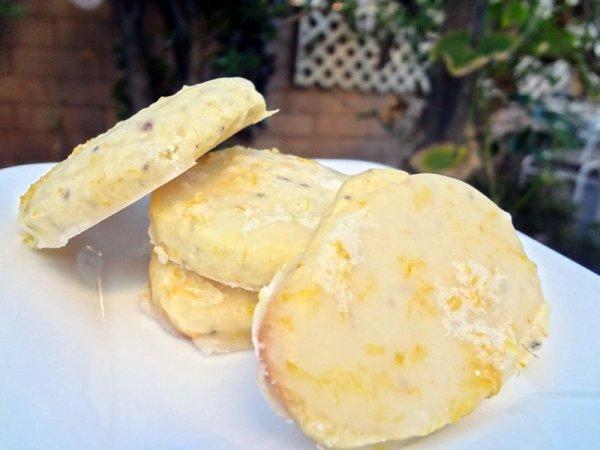 lemony-tea-cookies-plate