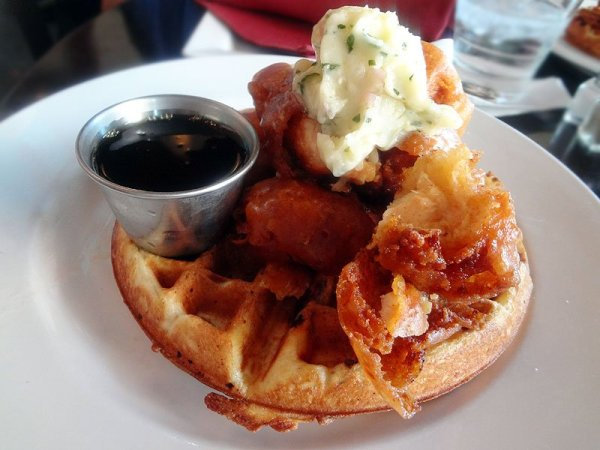 chicken-and-bacon-waffles-plate-bacon-crawl-san-diego
