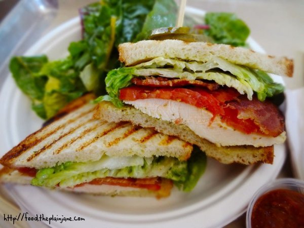 chicken-sandwich-green-acre